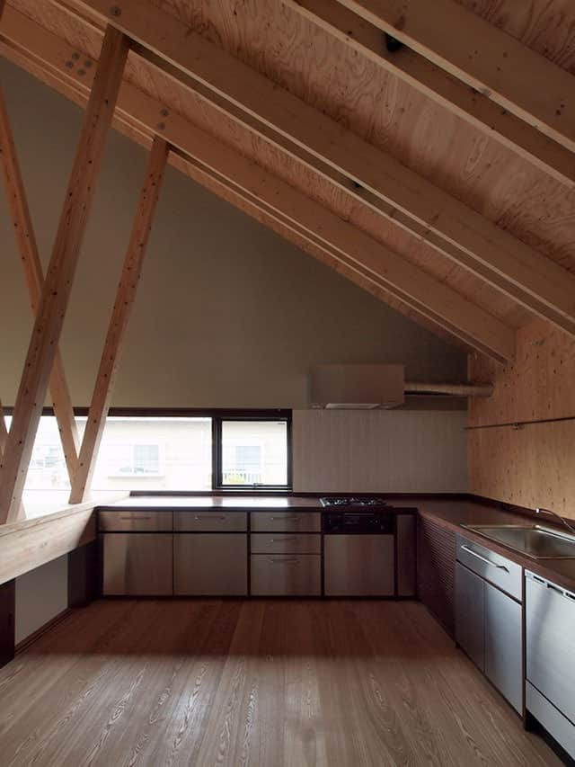 Fukasawa House by MDS