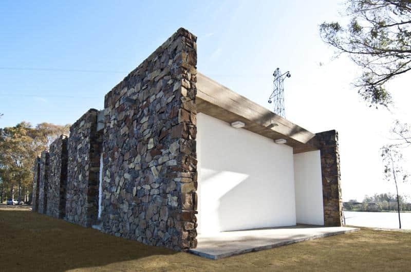 Outdoor Food Court in Centenario by Jaf Architecture + Design