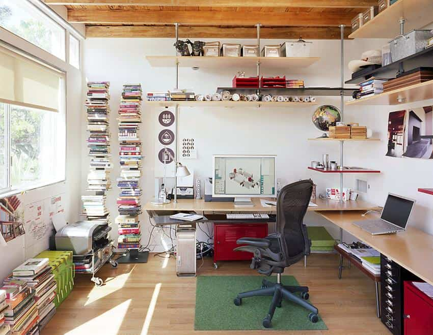 Organize your workspace to increase productivity - Colors home office can enhance productivity ...