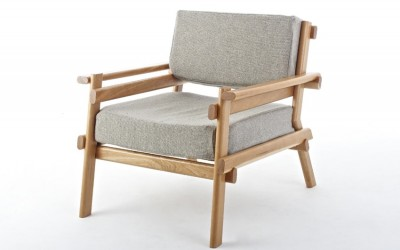 Avsnitt Armchair by Sam Greig