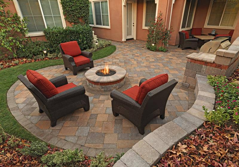 concrete patio designs with fire pit
