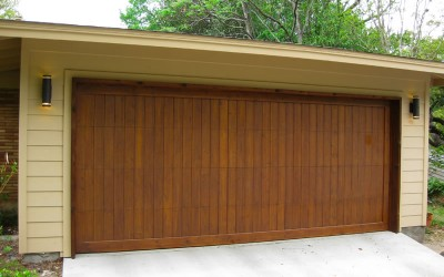 Choosing an Elegant Steel Garage Door For Your Home