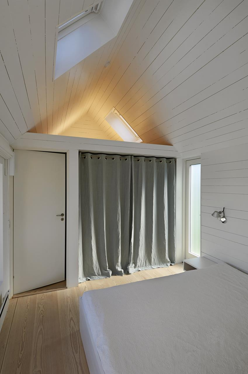 Summerhouse in Denmark by Jarmund/Vigsnæs