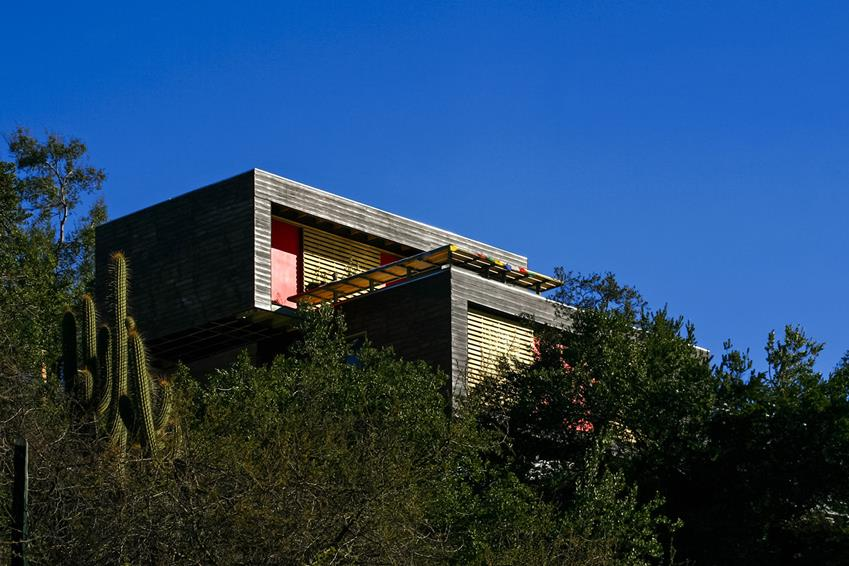 Casa en El Arrayán by Planmaestro & Cristián Schmitt Rivera