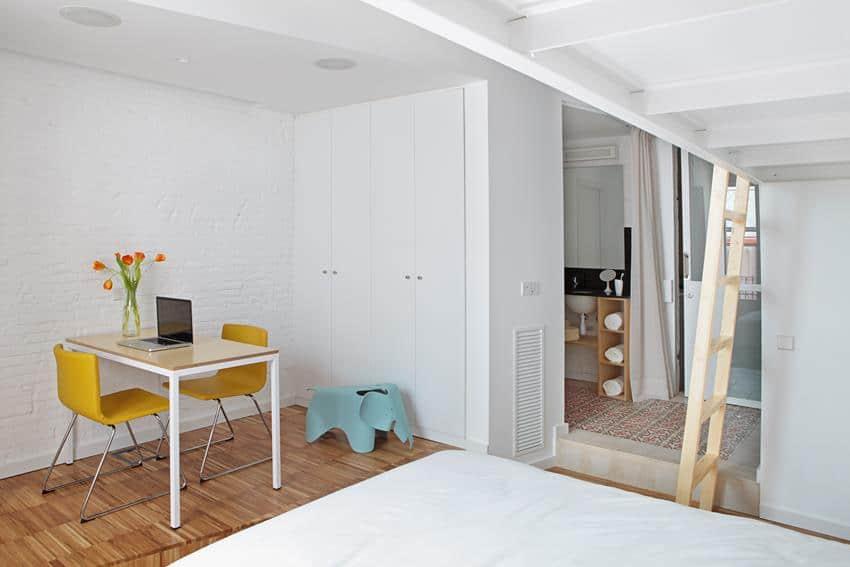 Salva46 - Barcelona Apartment Renovation by Miel Arquitectos & Studio P10