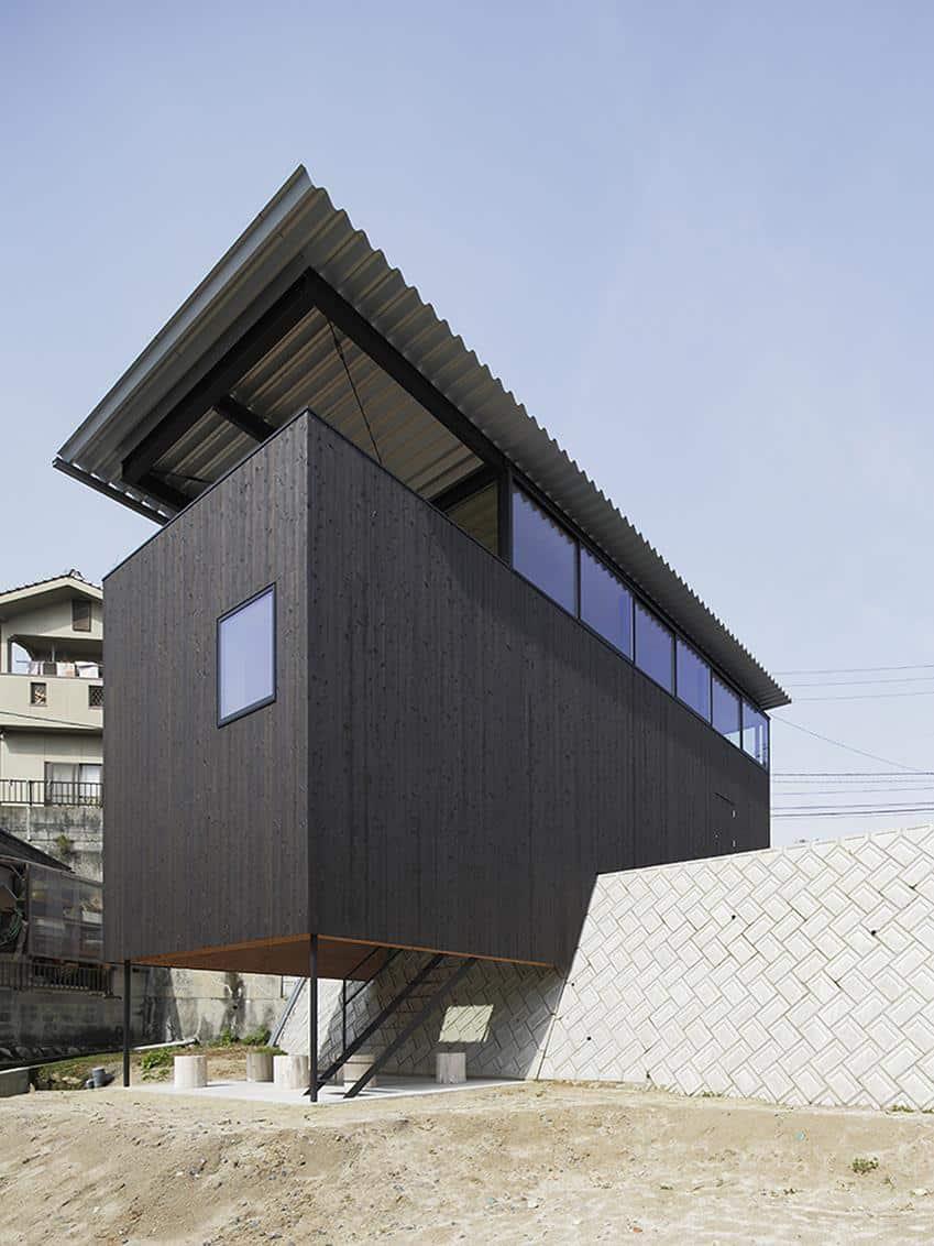 House in Miyake by Yoshio Ohno and Hidetaka Nakahara