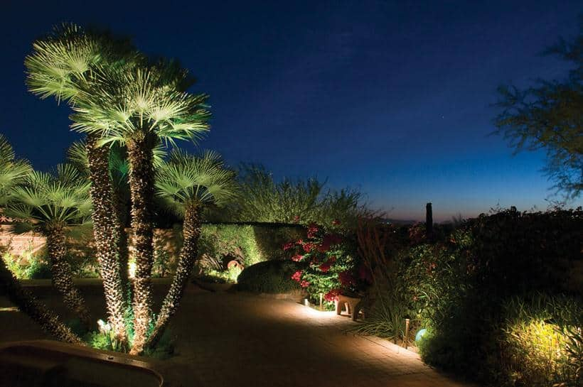 Ways to Enjoy Your Backyard After the Sun Goes Down