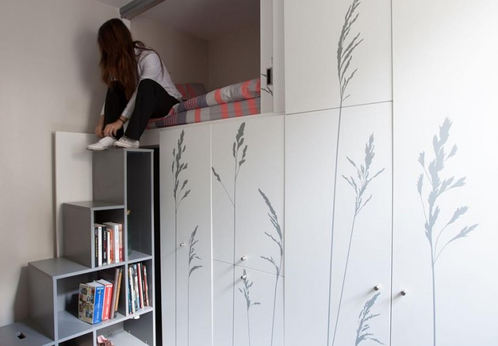 Tiny Apartment In Paris by Kitoko Studio