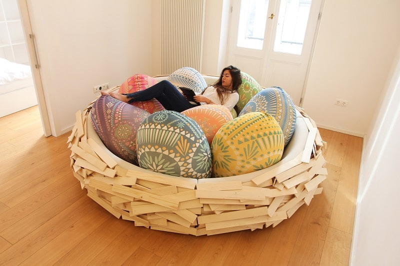 Playful sofa design that looks like a huge and comfortable nest