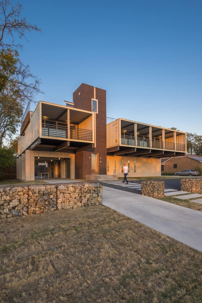 "Spectacular ""PV14"" house in Texas"