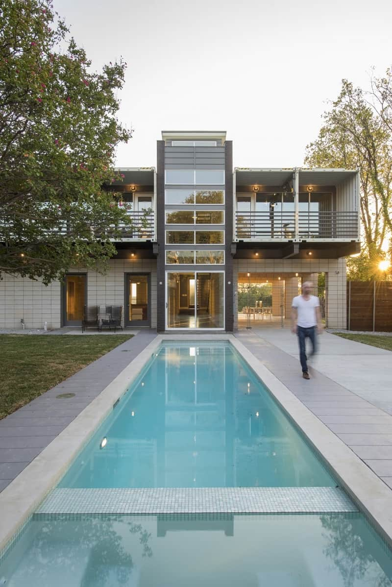 spectacular_pv14-house in Texas9