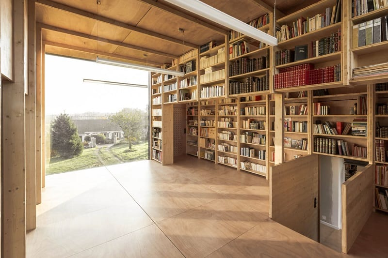 House fully dedicated to the enjoyment of reading6