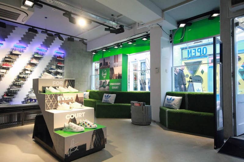 Adidas store decorated like a small tennis court3