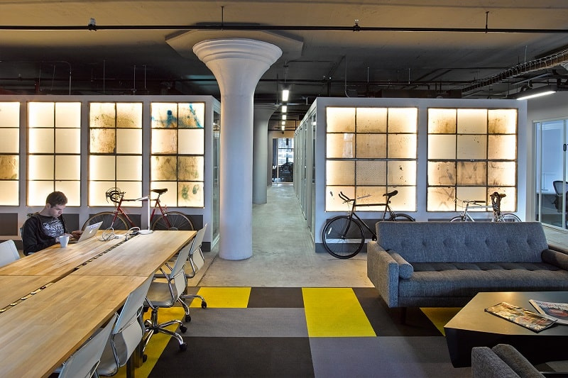 An old factory transformed into a relaxing office space1