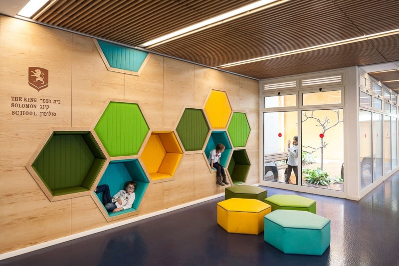 Awesome school in israel with playful interior for Interior designs schools