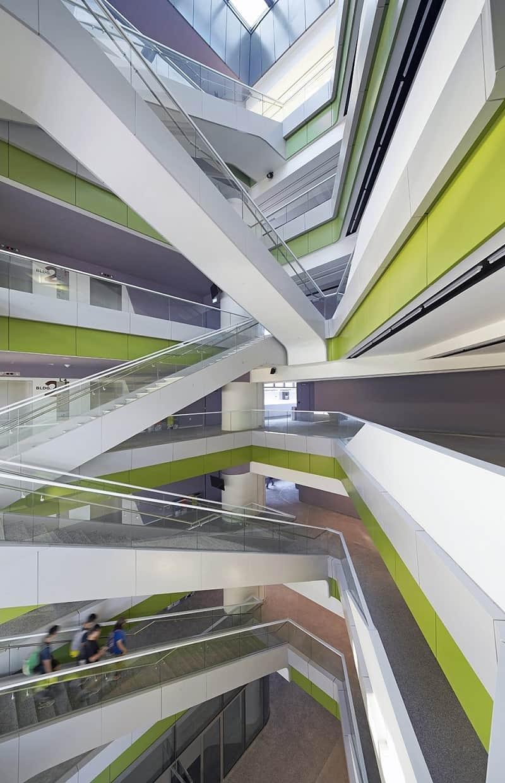 University campus in Singapore with contemporary design 1