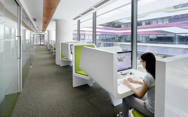 University campus in Singapore with contemporary design4