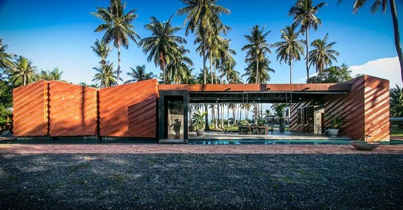 Contemporary villa with an impressive architecture1