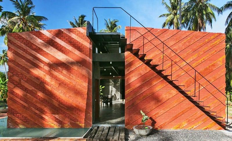 Contemporary villa with an impressive architecture4