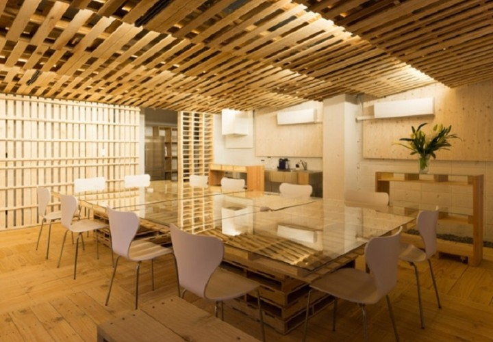 Tokyo office renovated with 130 shipping pallets