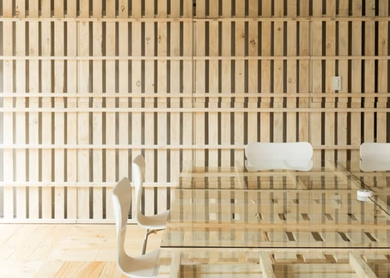 Tokyo office renovated with 130 shipping pallets3