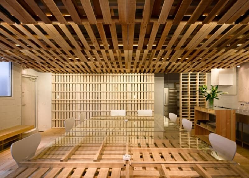 Tokyo office renovated with 130 shipping pallets4