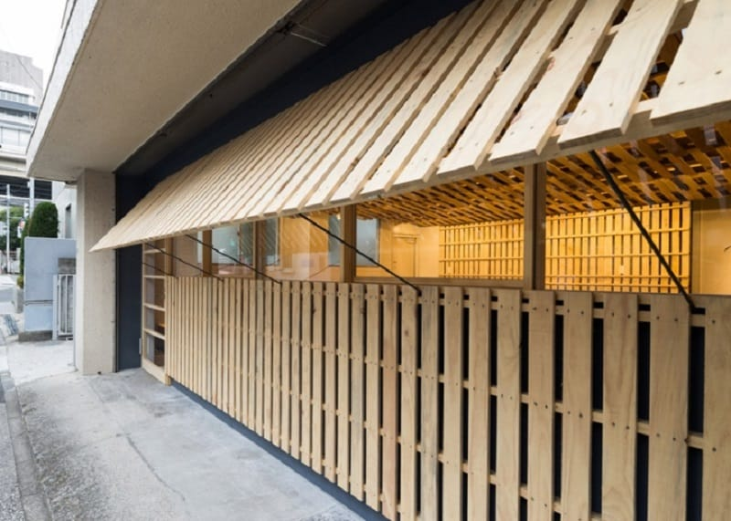 Tokyo office renovated with 130 shipping pallets6