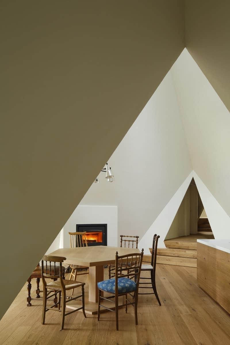 Amazing tepee-shaped house in Japan4