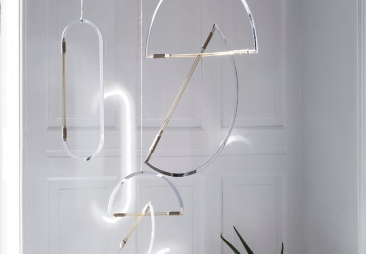 Decorative elements with minimalist geometric shapes