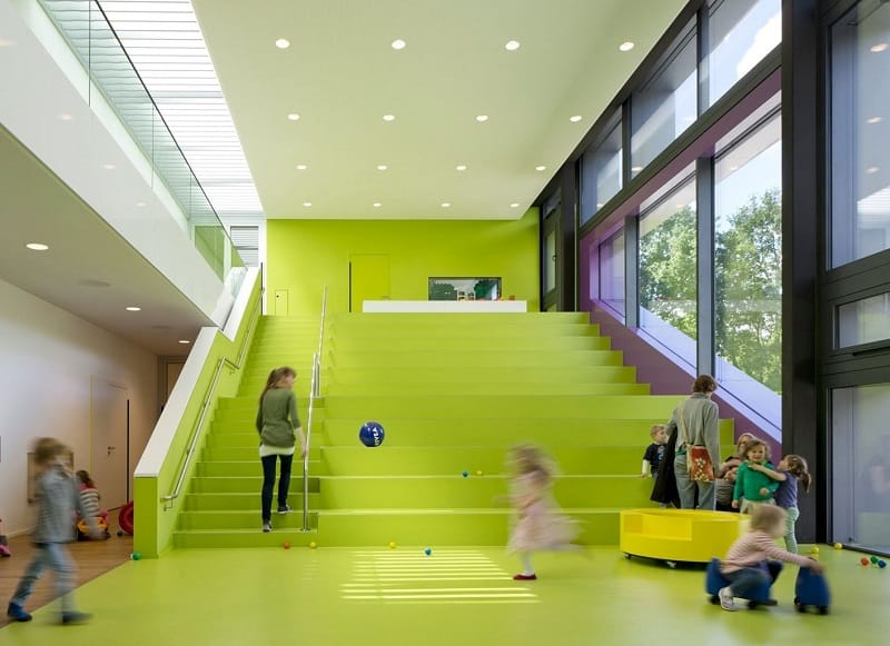 Children's daycare centre in Hamburg with a playful façade5