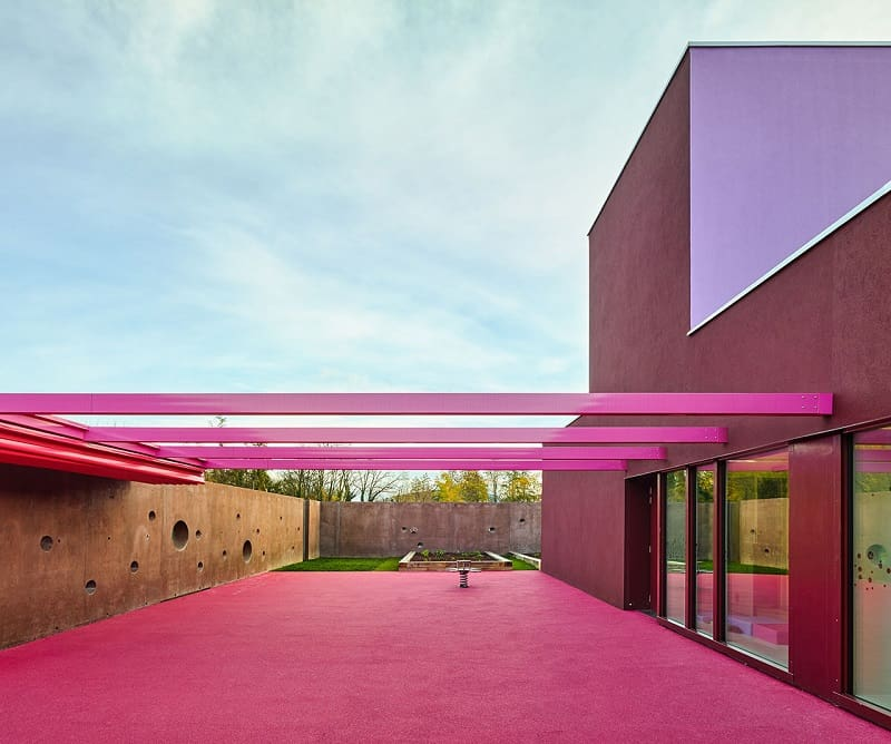 Colorful kindergarten in France3