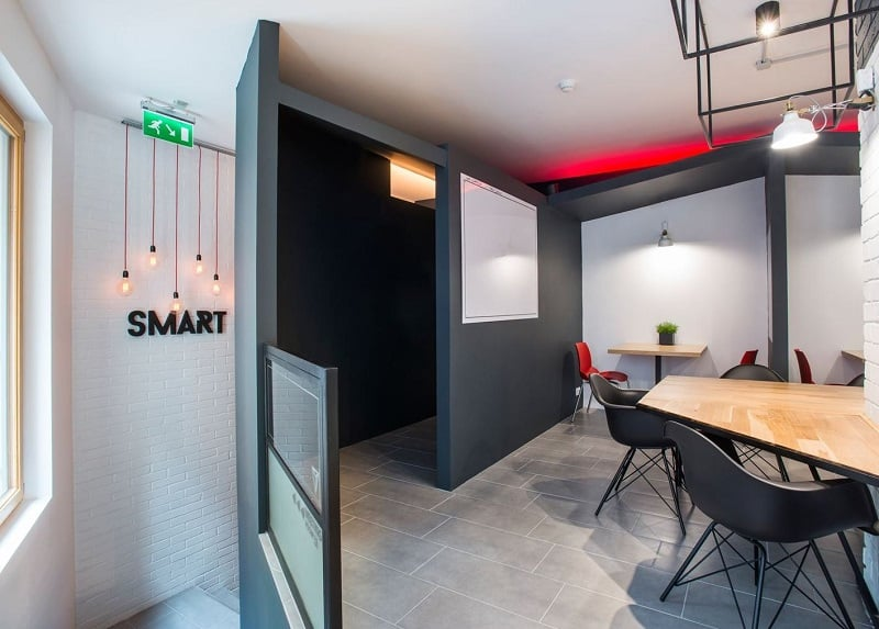 Coworking space with vibrant youthful energy in Budapest3