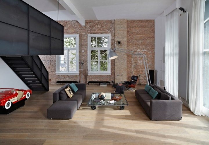 Spacious apartment in industrial style