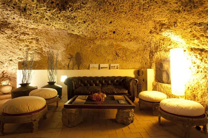 Comfortable apartment in a cave in Sicily1