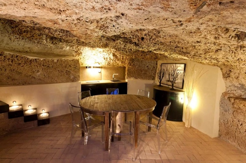 Comfortable apartment in a cave in Sicily2
