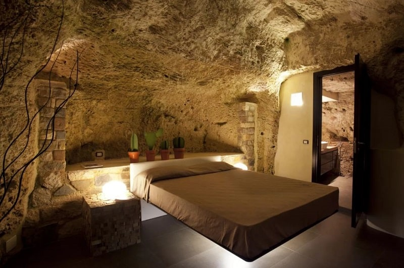 Comfortable apartment in a cave in Sicily3