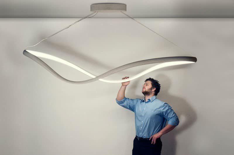 Minimalist chandelier with sculptural expression