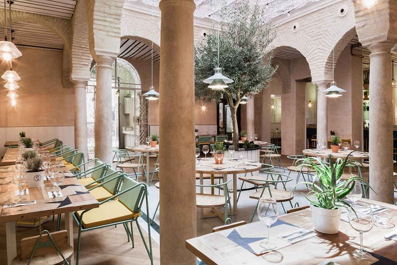 El Pinton, a small kingdom of the Mediterranean cuisine in Seville2