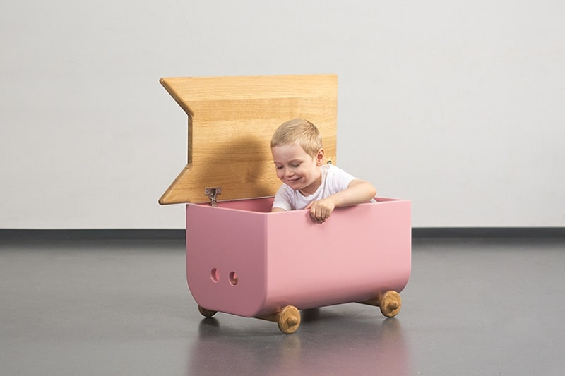 avila-creative-childrens-furniture-with-shapes-inspired-by-pets-and-animals3