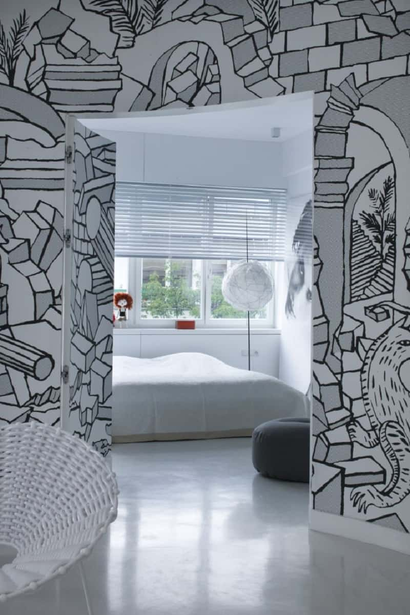 minimalist-interior-with-interesting-black-and-white-mural-in-warsaw8