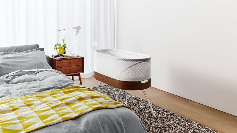 snoo-designer-bed-that-automatically-rocks-your-baby