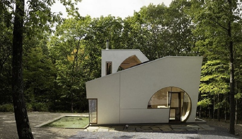 Creative house with an unusual geometric shape in New York