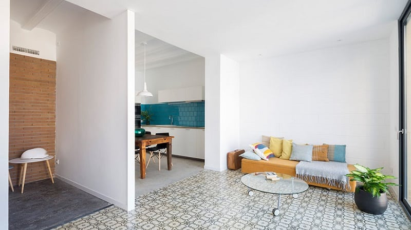 Minimalist Bed & Breakfast with contemporary charm in Barcelona