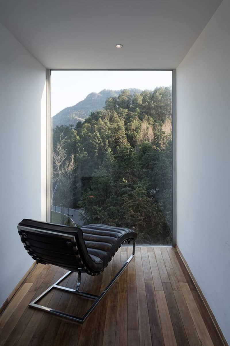 (Photo Credits: Chen Hao) & Relaxing hotel in nature with interesting geometric shape