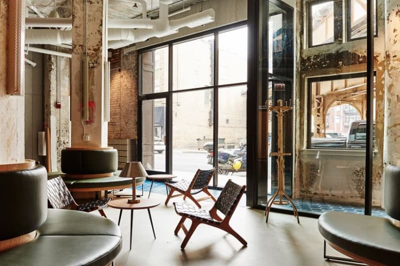 The Hollander, An Old Industrial Building In Chicago Repurposed Into A  Trendy Hostel