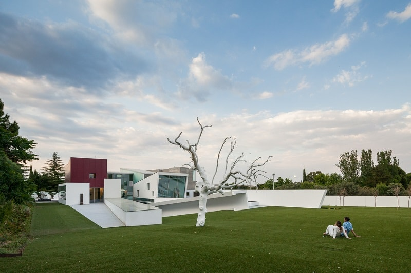 House H, a modern eco-home in Madrid
