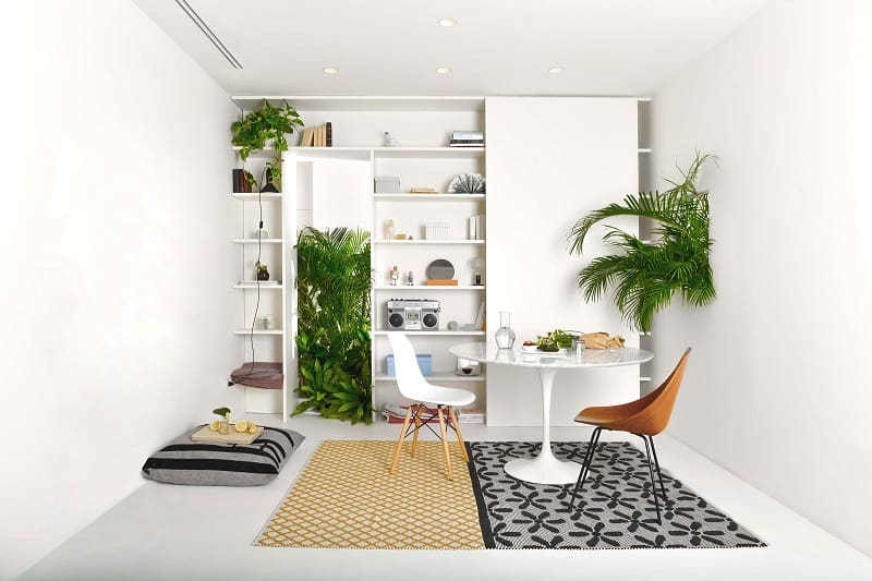 Small apartment in Milan with a Brazilian taste