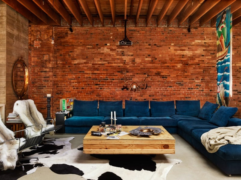 Perfect interior with a combination of brick and wood