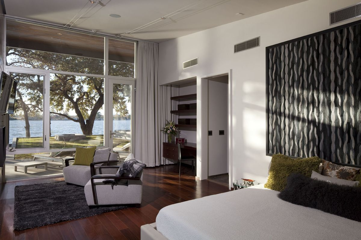 Lake LBJ Retreat bedroom