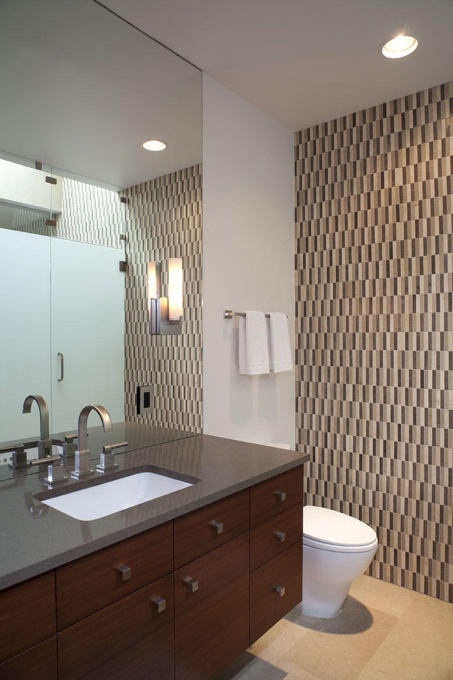 Lake LBJ Retreat bathroom